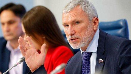 Воронежский депутат Госдумы посоветовал не поддаваться на уловки маркетинга и медиа-атаки