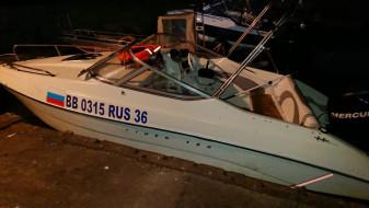 Владелец попавшего в аварию на Воронежском водохранилище катера посадил за руль жену без прав
