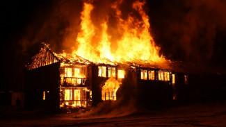 Мёртвых супругов нашли в сгоревшем доме в воронежском райцентре