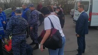 Под Воронежем из окна пятиэтажки выпала 12-летняя девочка