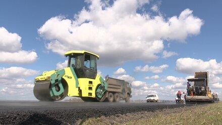 На ремонт дорог в воронежских сёлах потратят рекордные 2,8 млрд рублей