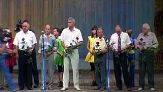 В Театре драмы прошло торжественное собрание строителей