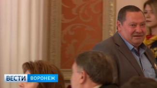 В Воронеже отбившегося от 3 бандитов почтальона наградили медалью за самоотверженность