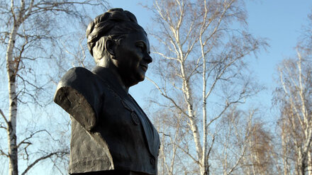 Солистке Воронежского хора Марии Мордасовой открыли памятник под Тамбовом