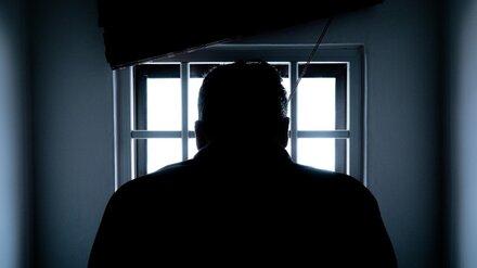 В Воронеже экс-сотрудник следственного изолятора обманул жену подозреваемого на 70 тысяч