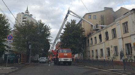 Причиной крупного пожара в историческом доме в Воронеже назвали поджог