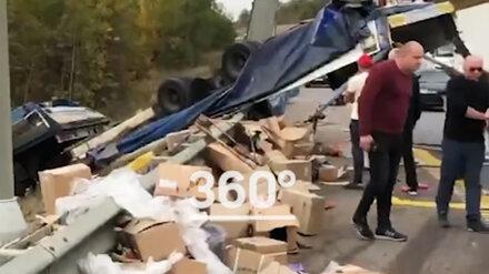 Под Воронежем выживший в ДТП дальнобойщик попытался покончить с собой из-за груза
