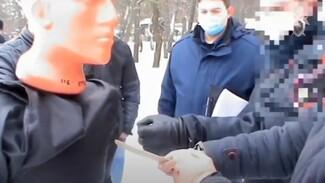 Уроженец Луганска показал на видео, как убивал воронежскую учительницу