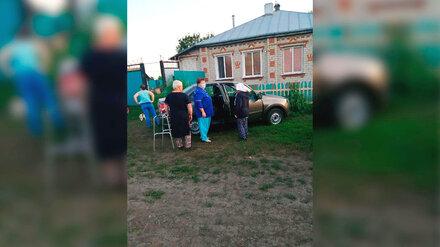 В поле в Воронежской области нашли обессиленную 86-летнюю старушку