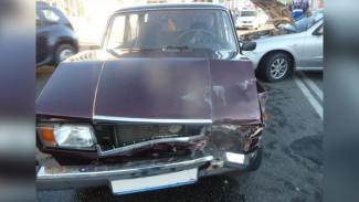 В Воронежской области в столкновении двух легковушек пострадали двое маленьких детей
