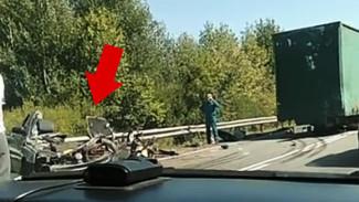 Последствия ДТП с участием тягача и легковушки на воронежской трассе попали на видео