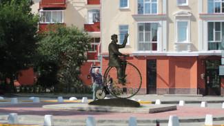 Посвященную Столлю скульптурную композицию установят у дома «Гармошка» в Воронеже
