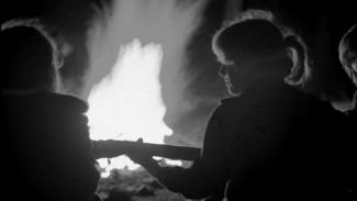 Исполнитель авторской песни написал песню про комсомол на стихи воронежского поэта