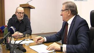 Воронежский сенатор рассказал горожанам, когда будут решены их проблемы с ЖКХ