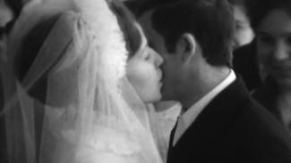 Скромно и по-домашнему. Как праздновали свадьбы в советском Воронеже