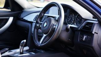 В Воронеже 22-летний инспектор ГИБДД на BMW насмерть сбил человека
