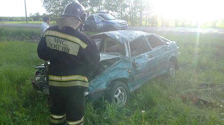 Легковушка вылетела в кювет на воронежской трассе: погибла пассажирка
