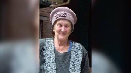 В Воронеже пропала ушедшая из дома без обуви пенсионерка