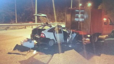 Пьяный автомобилист на «Ладе» протаранил фургон: двое пострадавших