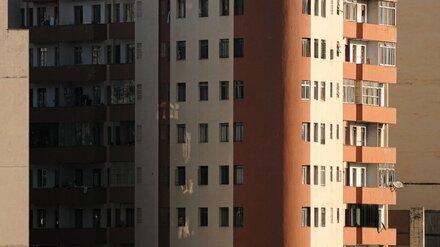 В Воронеже с балкона 17 этажа выпала женщина