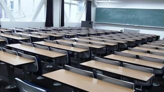 В Воронежской области закрыли на карантин 10 школ