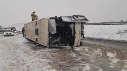 Появились фото последствий ДТП с автобусом с 26 пассажирами на воронежской трассе