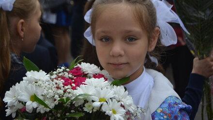 Воронежцам рассказали о правилах проведения школьных линеек 1 сентября