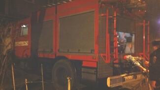 В Воронеже из-за пожара в трёх квартирах эвакуировали жильцов многоэтажки