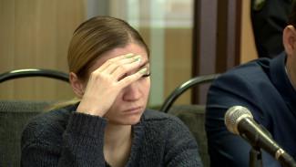 «За рулём был другой». Под Воронежем дочь защищает мёртвого отца по делу о 8 погибших в ДТП