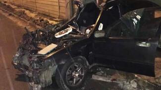 В Воронеже в массовом ДТП с грузовиками пострадали 2 человека