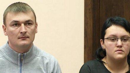 В Воронеже державших ребёнка на цепи супругов лишили прав на обоих детей
