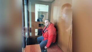 Экс-главе воронежского СХИ до июля продлили домашний арест за присвоение 880 тысяч