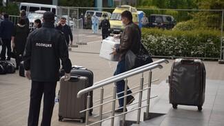 Власти рассказали, в какие регионы уехали прилетевшие рейсом «Ереван – Воронеж» туристы