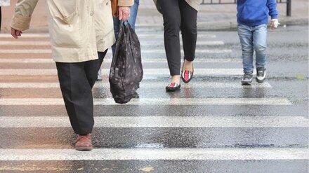 В Воронеже водитель иномарки сбила женщину на пешеходном переходе