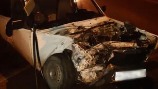 Под Воронежем в ДТП с фурой разбился водитель легковушки