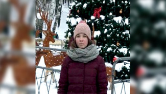 В Воронеже 15-летняя девочка вышла из дома и пропала