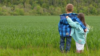 Воронежский психолог рассказала, как родителям разговаривать с детьми о любви