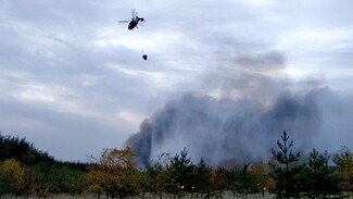 На горящую Воронежскую область с воздуха сбросили более 150 тонн воды