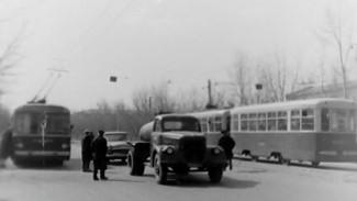 Пустые дороги и трамваи. Как воронежцы жили без пробок в час пик
