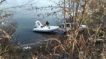 Водолазы нашли труп упавшей с моста под Воронежем женщины