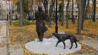 В закрытом воронежском «Орлёнке» установили памятник автору «Белого Бима»