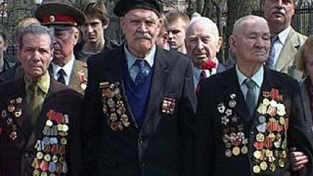 Прошло открытие аллеи славы бойцов Воронежского добровольческого полка