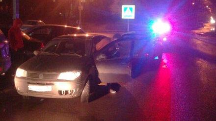 В Воронеже иномарка на переходе сбила коляску с ребёнком