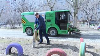 К весенней уборке Воронежа приступили около 10 тыс.коммунальщиков