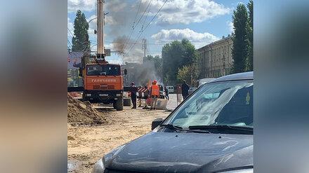 В Воронеже на дороге вспыхнул автомобиль