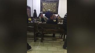 В Воронеже оштрафовали 20 человек за сбор на поминки по умершему от COVID-19