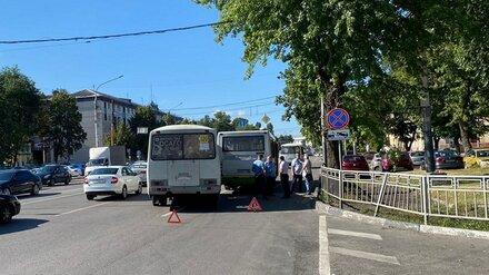 В Воронеже маршрутчика отстранили от работы за ДТП с 3 пострадавшими