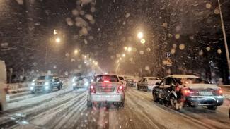 Воронеж снова сковали 9-балльные пробки из-за снега