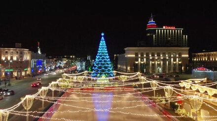 Главная ёлка Воронежа вошла в тройку самых красивых в стране