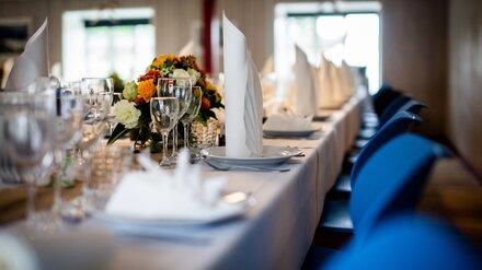 Санврачи нагрянули с рейдом в воронежское кафе во время свадьбы